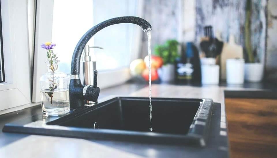 Entkalker Test: Die besten Wasser Enthärtungsanlagen